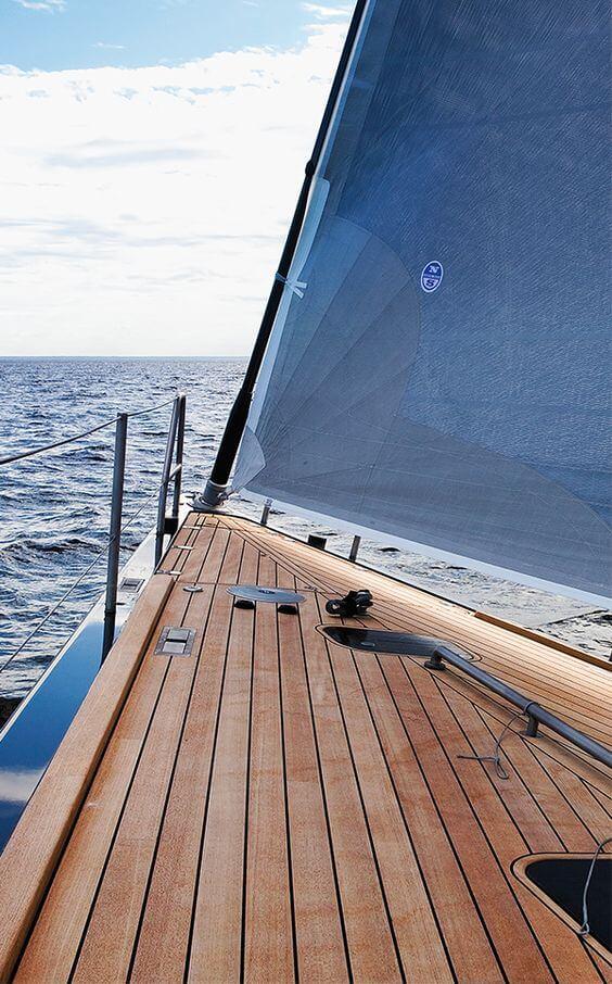 דק על ספינה מעץ טיק בורמזי